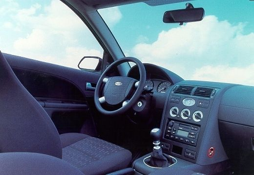 Ford Mondeo 2001 foto - 2