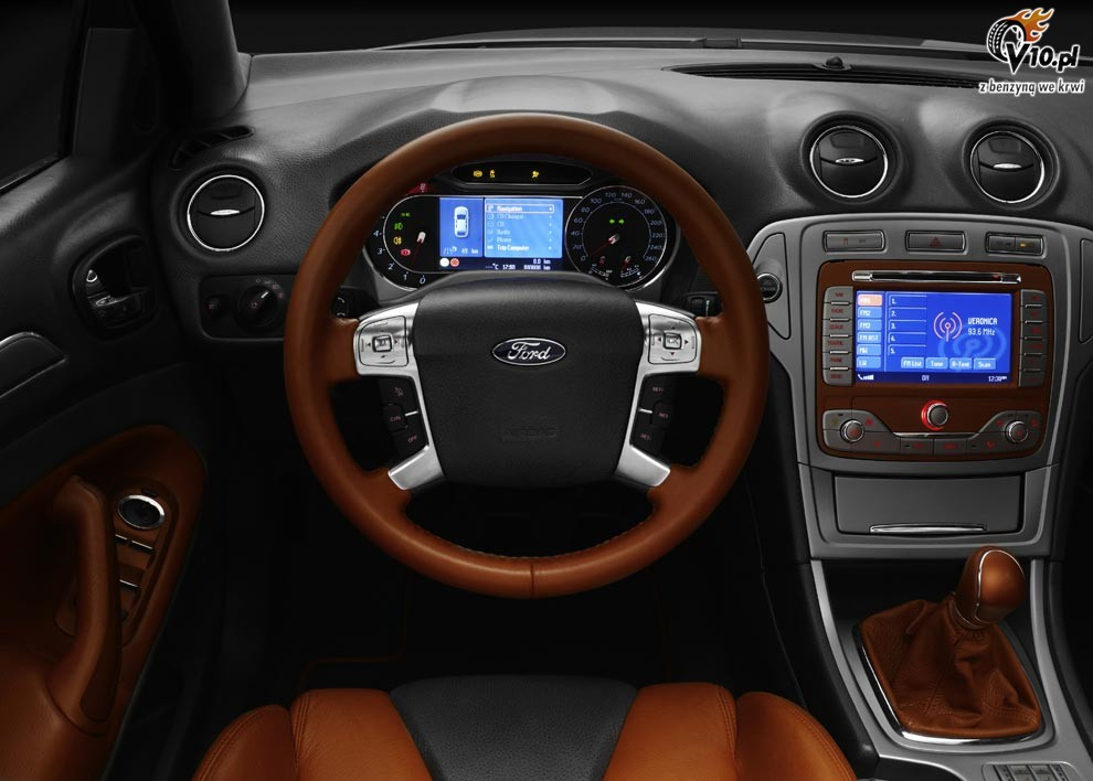 Ford Mondeo 2015 foto - 1