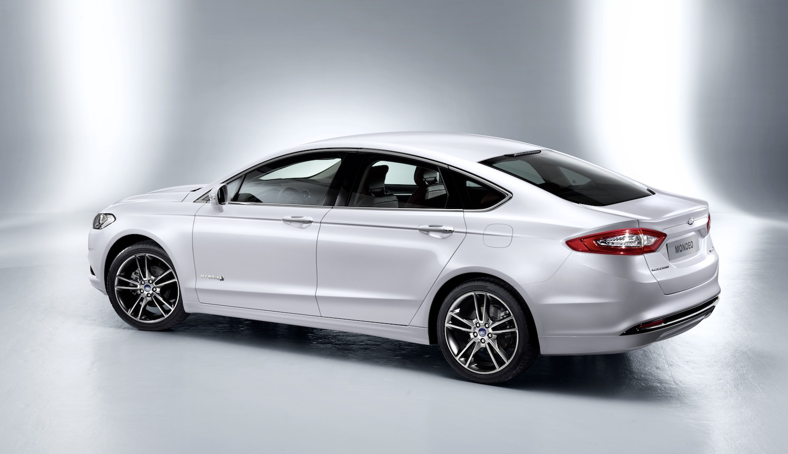 Ford Mondeo 2015 foto - 2