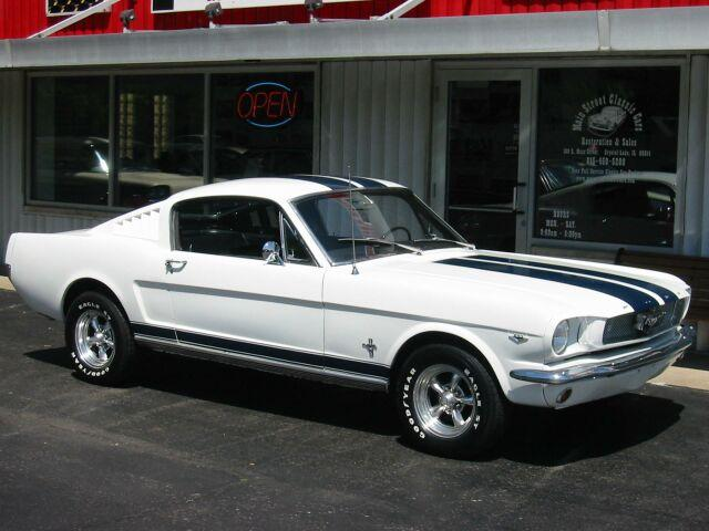 Ford Mustang 1960 foto - 1