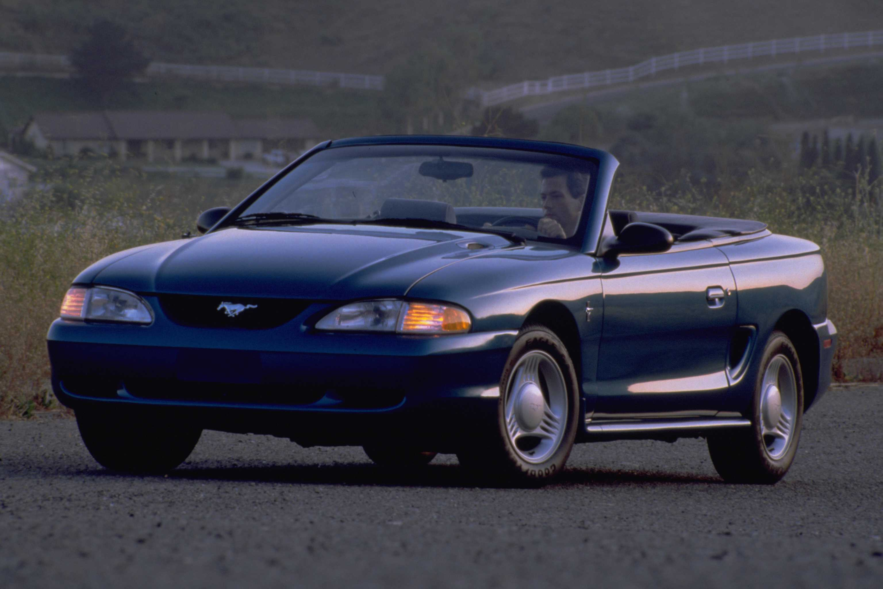 Ford Mustang 1994 foto - 4