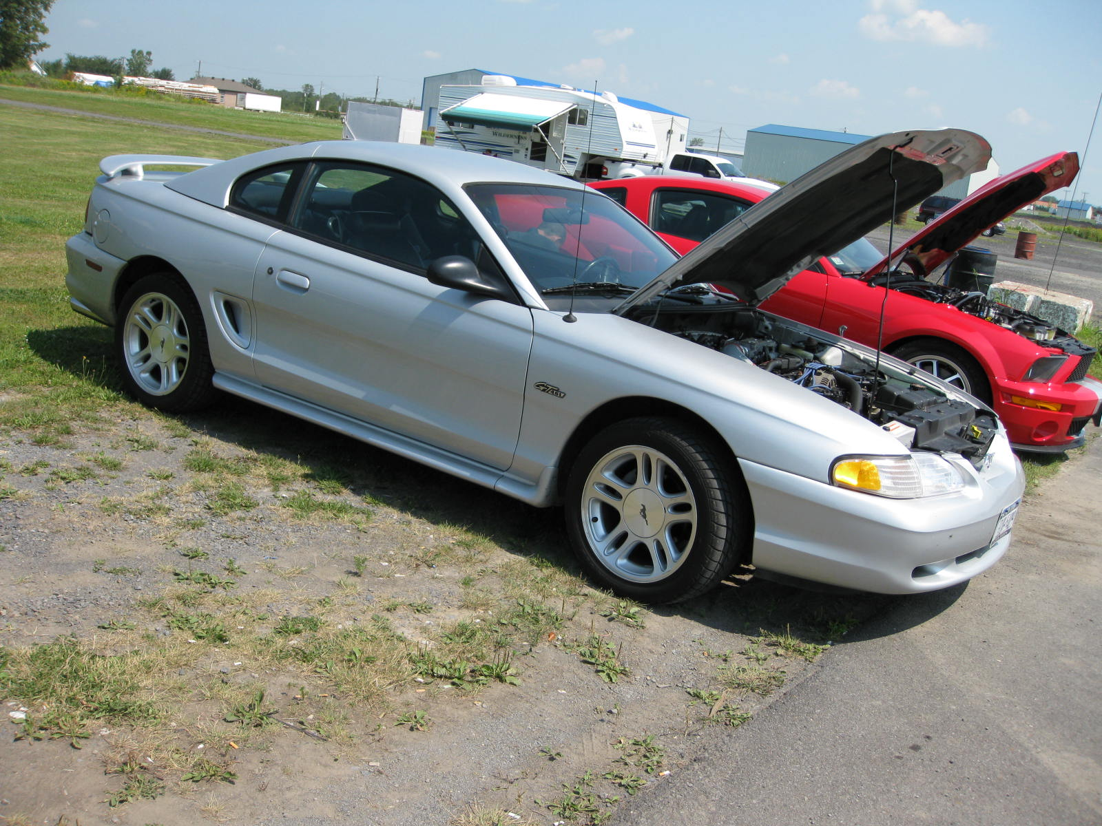 Ford Mustang 1998 foto - 3