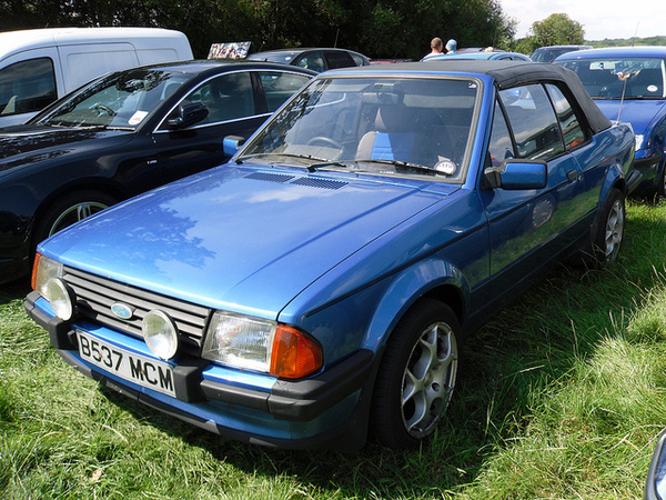 Ford Orion 1984 foto - 4