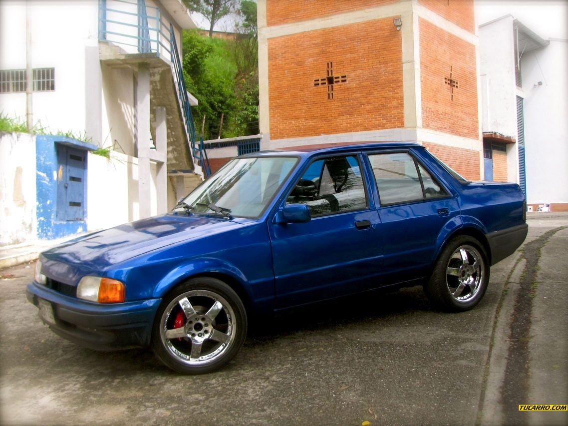 Ford Orion 1988 foto - 3