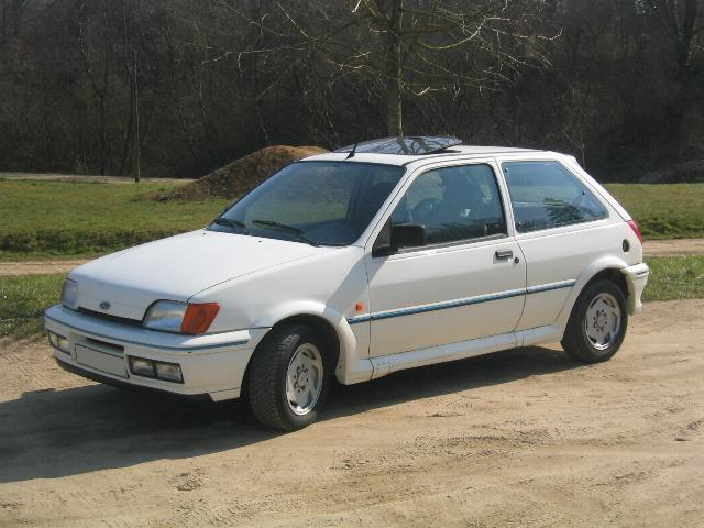 Ford Orion 1990 foto - 3