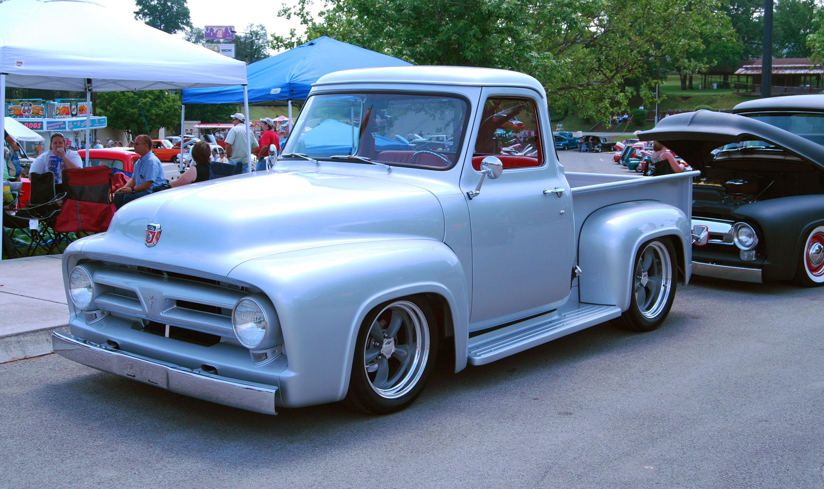 Ford Pickup 1953 foto - 1