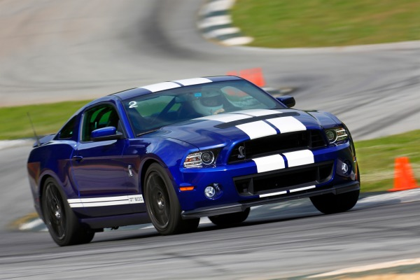 Ford Shelby 2013 foto - 1