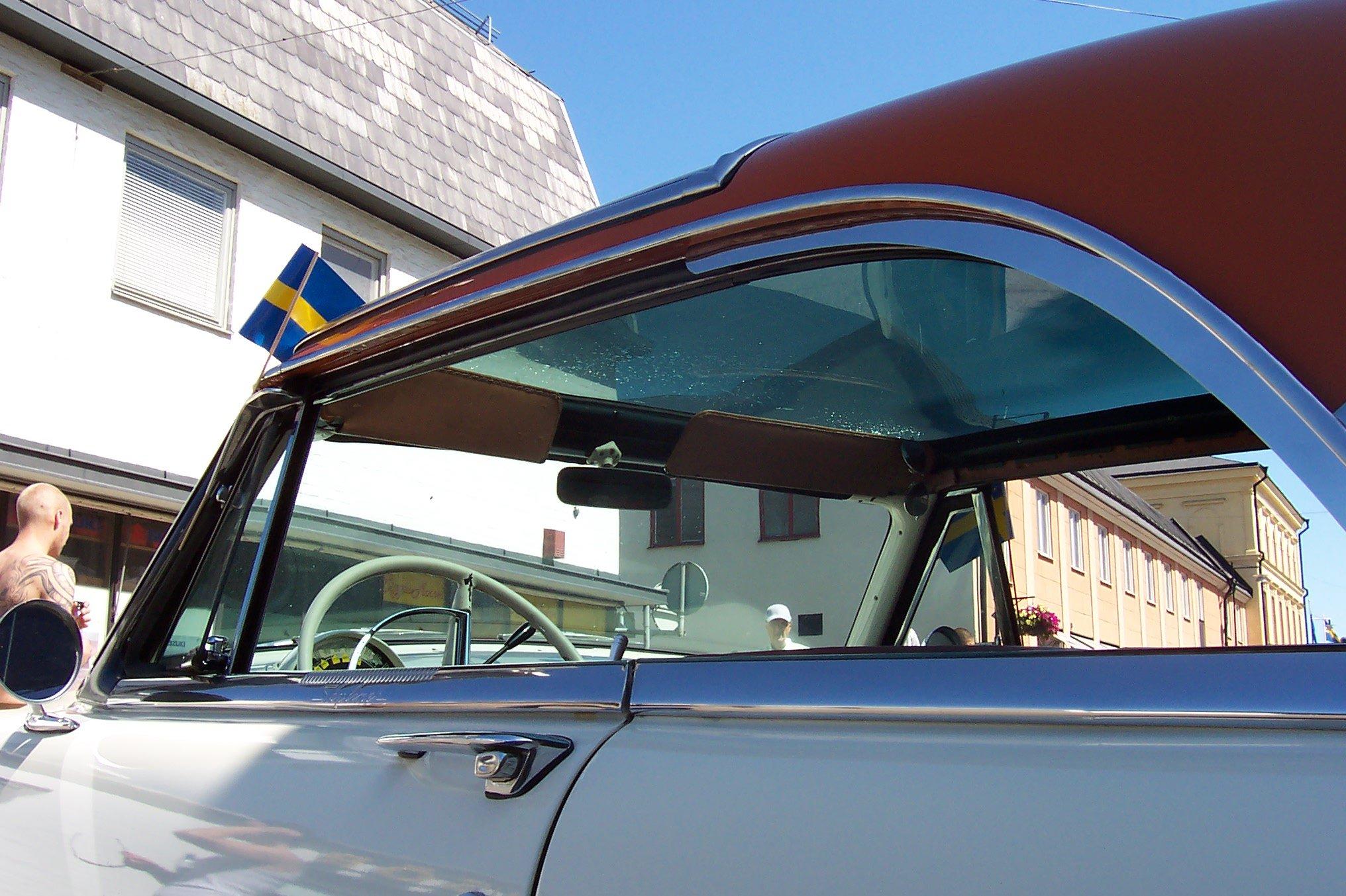 Ford Skyliner 1954 foto - 2