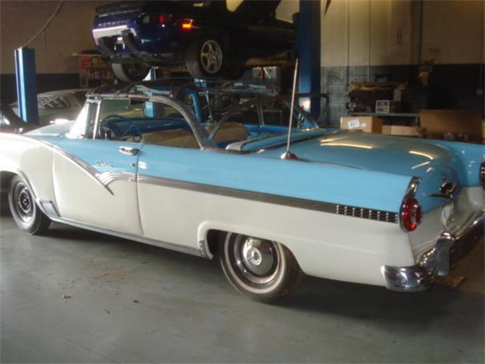 Ford Sunliner 1956 foto - 5
