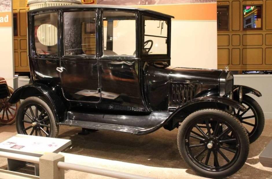 Ford T 1919 foto - 3