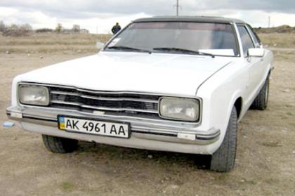 Ford Taurus 1974 foto - 5