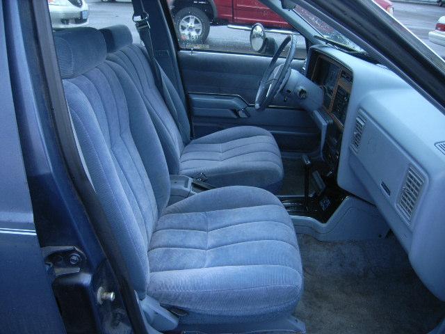 Ford Tempo 1984 foto - 1