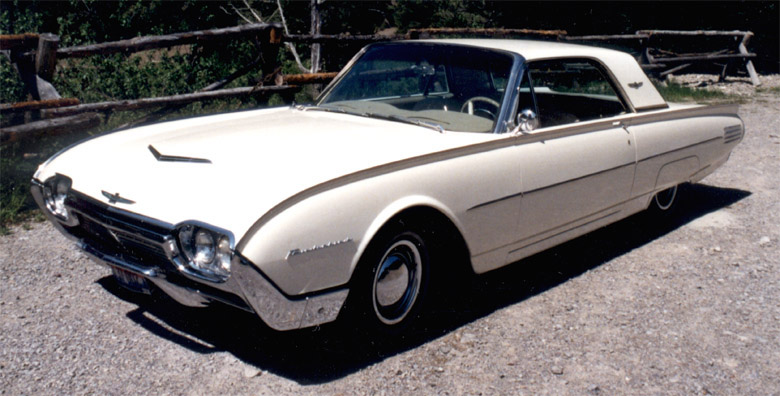Ford Thunderbird 1961 foto - 1