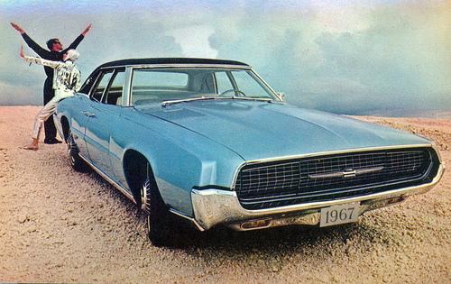 Ford Thunderbird 1967 foto - 2