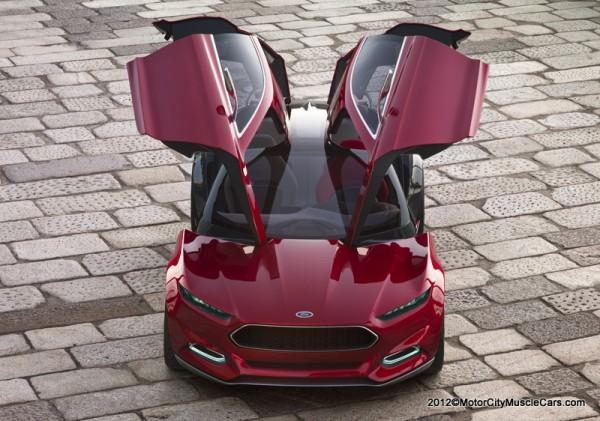Ford Thunderbird 2014 foto - 1