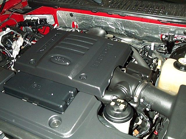 Ford Triton 2004 foto - 1
