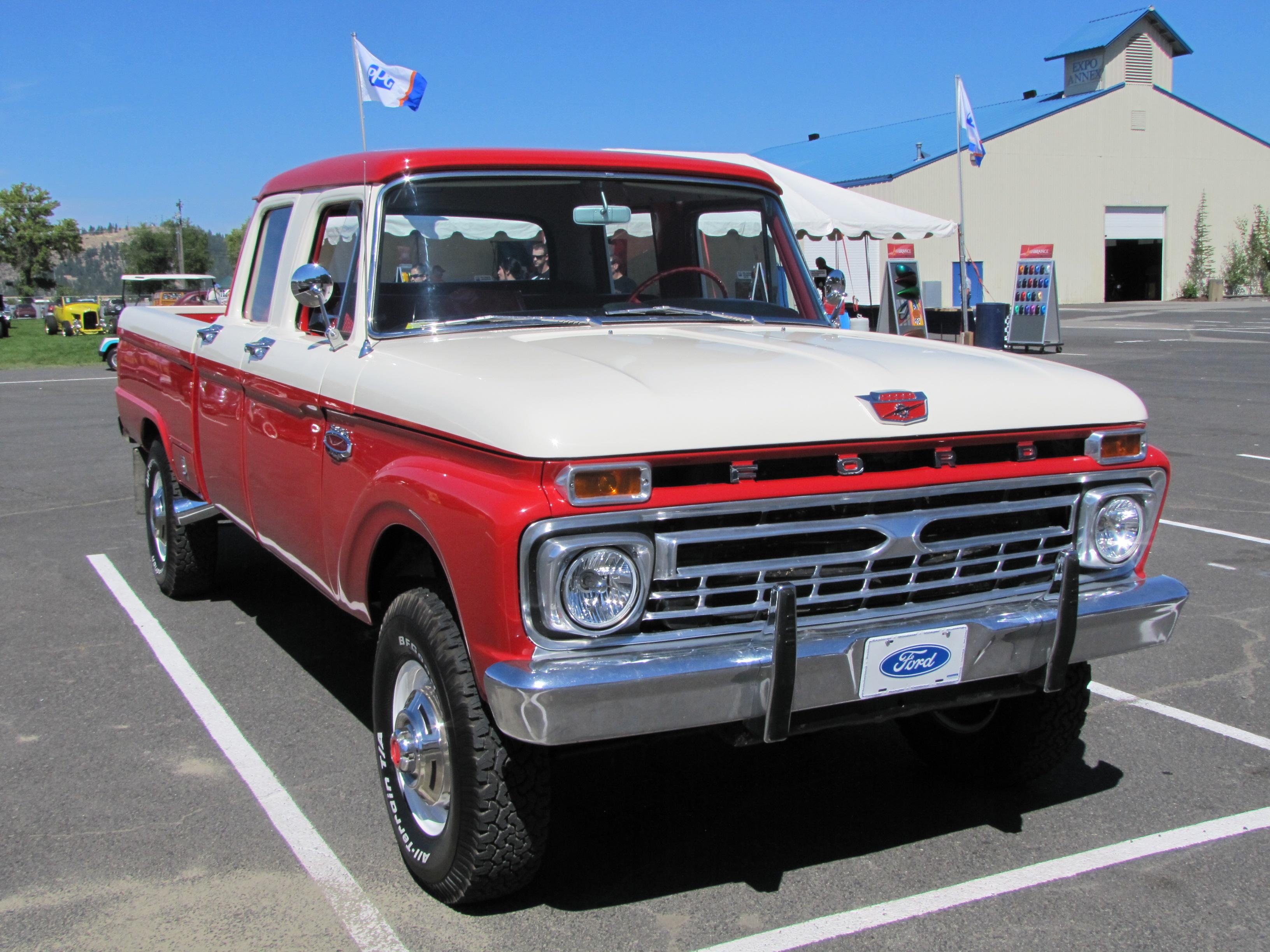 Ford Truck 1966 foto - 2