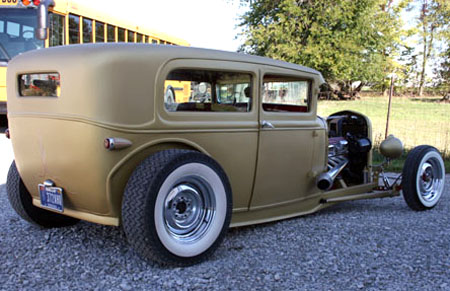Ford Tudor 1930 foto - 3