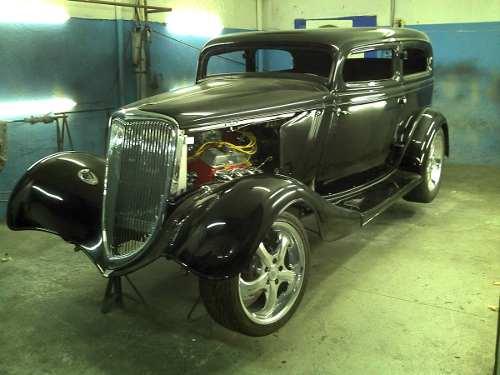Ford Tudor 1933 foto - 2