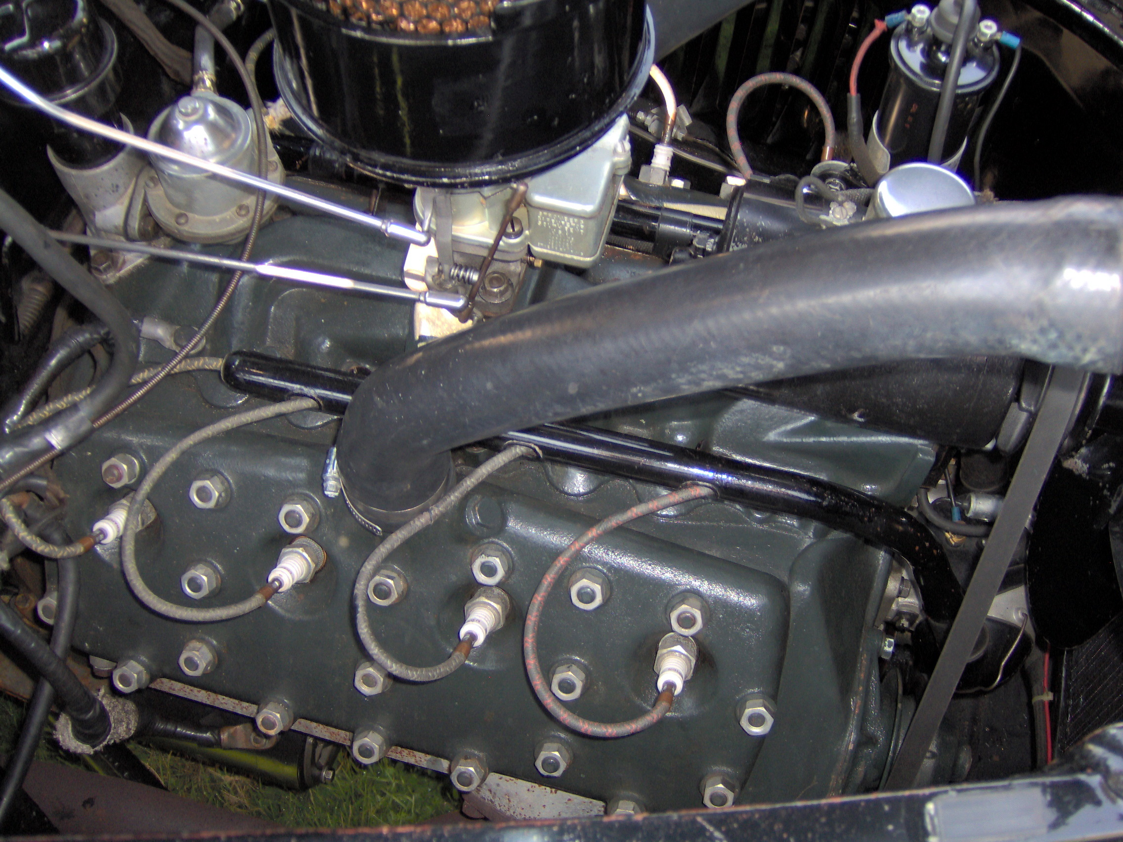 Ford V8 1937 foto - 1