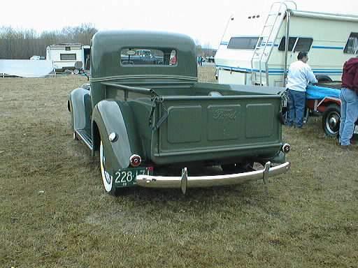 Ford V8 1939 foto - 3