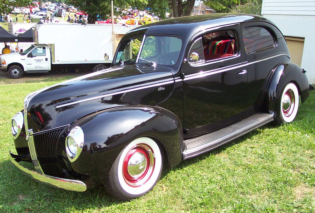 Ford V8 1940 foto - 2