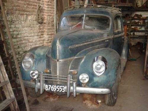 Ford V8 1940 foto - 4