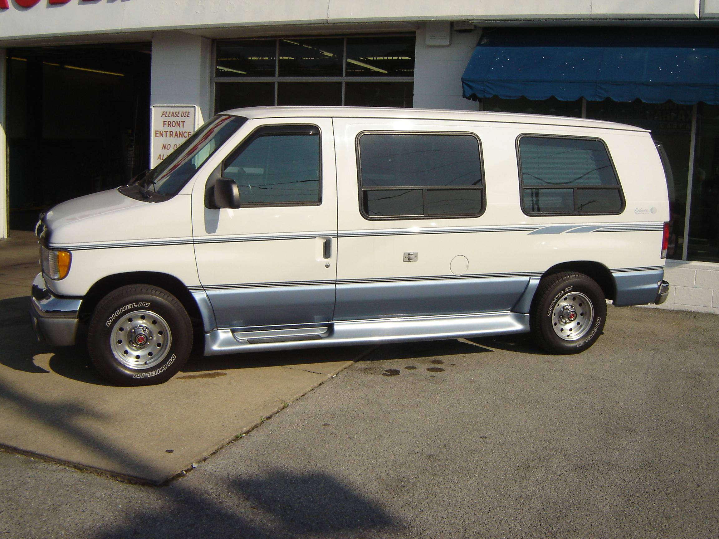 Ford Van 1999 foto - 2