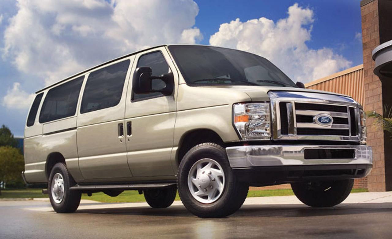 Ford Van 2008 foto - 1