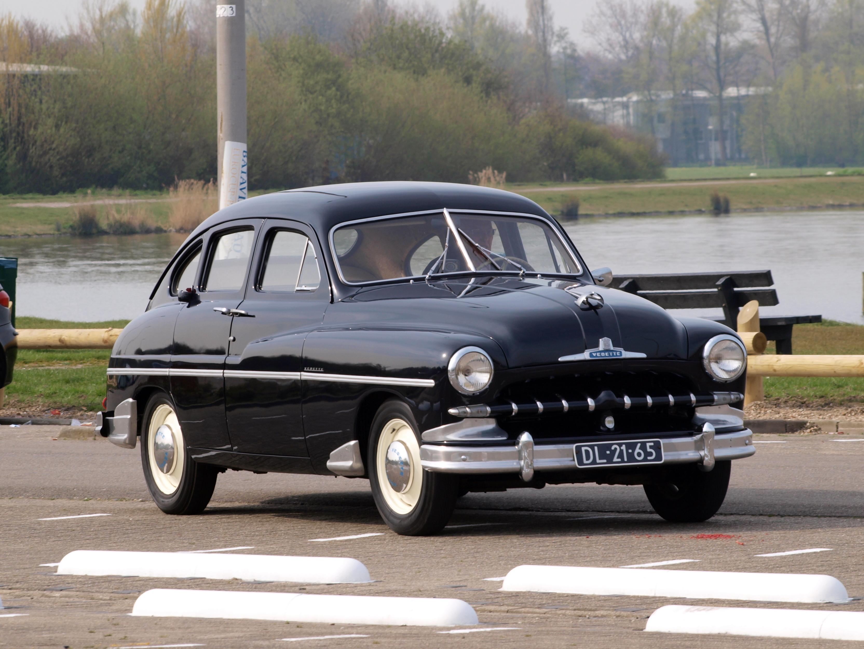 Ford Vedette 1952 foto - 2