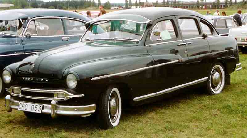 Ford Vedette 1954 foto - 2