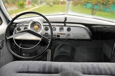 Ford Victoria 1951 foto - 2