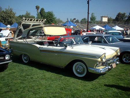 Ford Victoria 1957 foto - 2