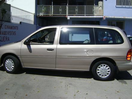 Ford Windstar 1996 foto - 4