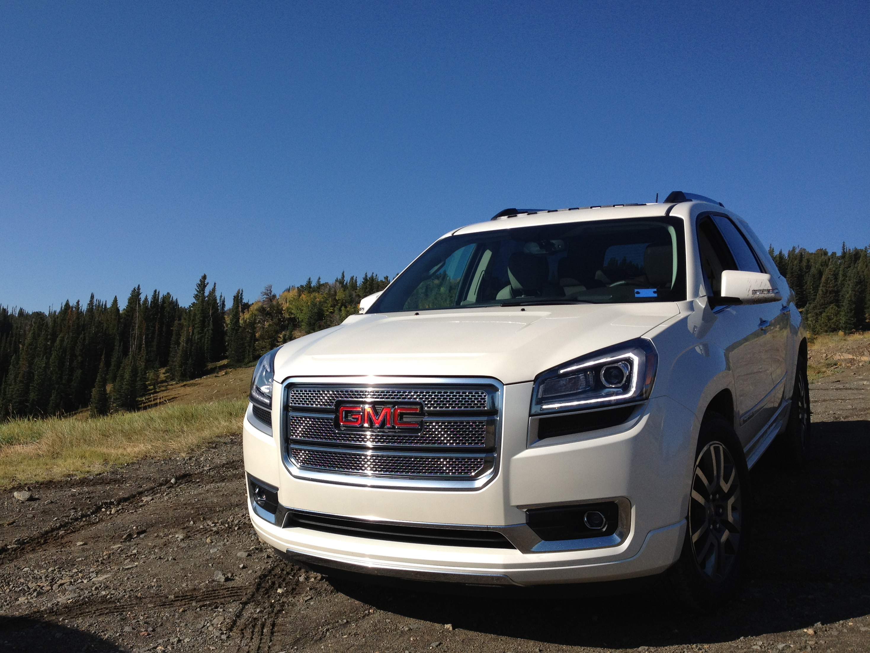 GMC Acadia 2014 foto - 1