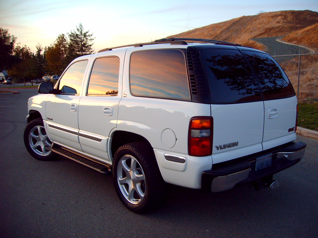 GMC Yukon 2001 foto - 1