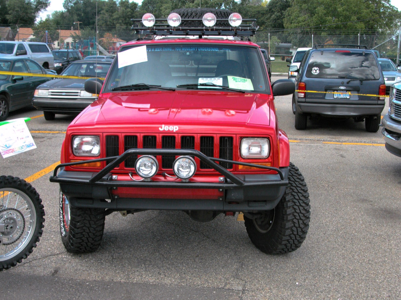 Jeep Cherokee 2009 foto - 4