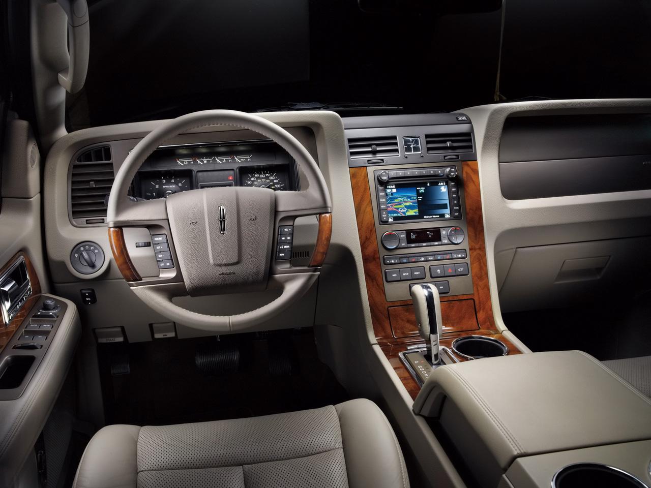 Lincoln Navigator 2011 foto - 1